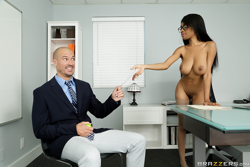 Big Tits At Work – My Naked Boss – Sean Lawless & Brittney White