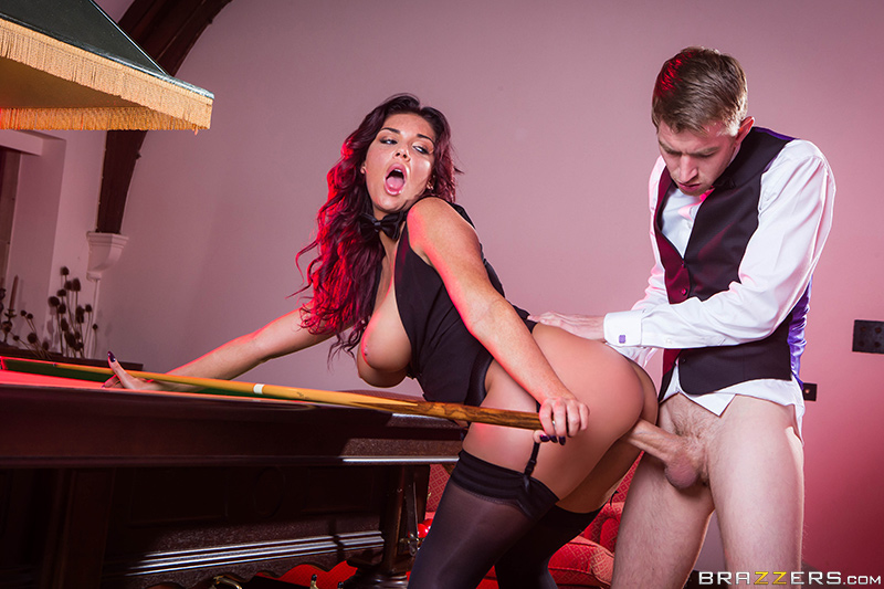 Sink the Pink - Danny D & Emma Leigh