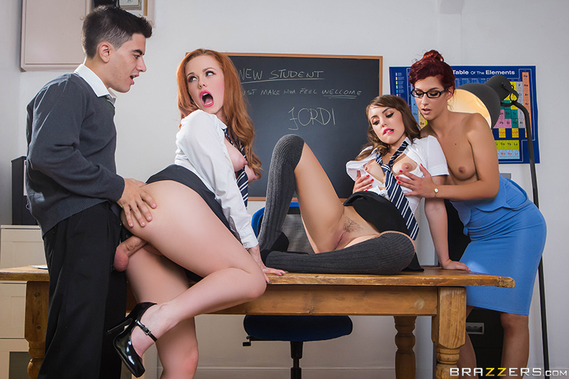 Let's Welcome The New Student - Ella Hughes, Jordi El Niño Polla, Zoe Doll & Shona River