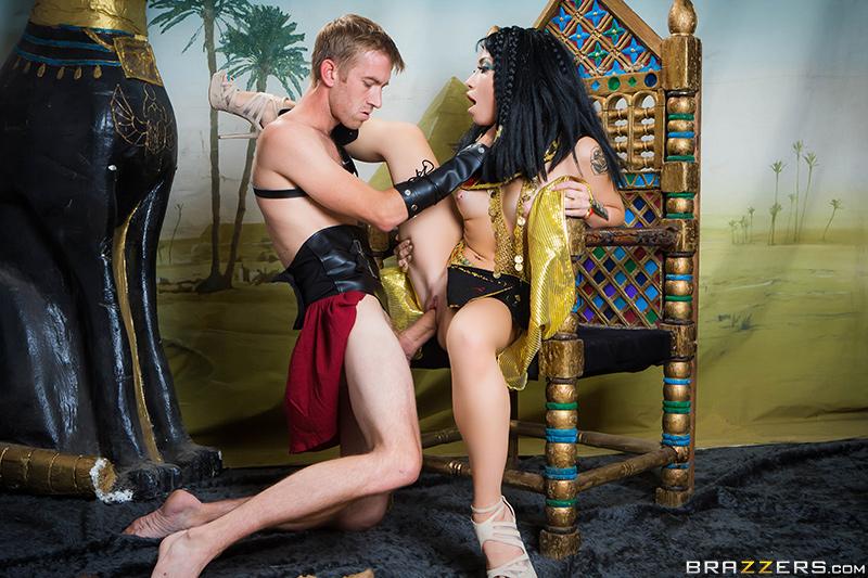 Big Tits In History: Part 1 - Danny D & Rina Ellis