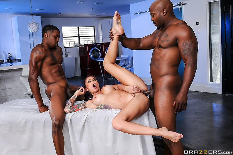 Real Wife Stories – Monique's Secret Spa: Part 4 – Monique Alexander, Nat Turnher & Isiah Maxwell