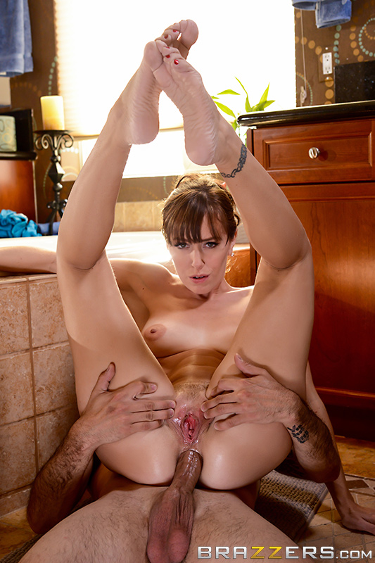 Never Interrupt Mommy Time – Alana Cruise, Jake Adams