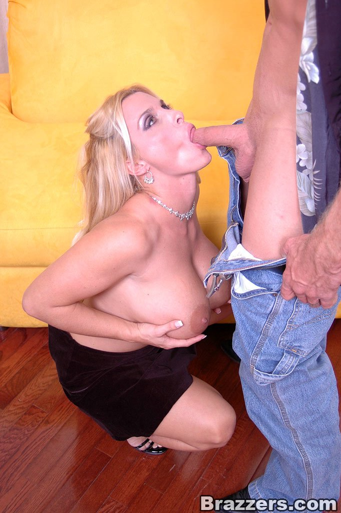 Big Titty Milf Whore Holly Halston Getting Double Fucked For The First Time 108