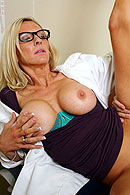Brazzers HD video - Cougar in Doctor's clothing