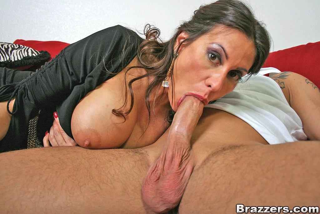 Brazzers porn movie - Milf Next Door