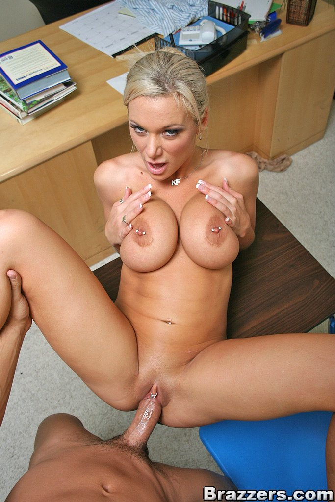 static brazzers scenes 2605 preview img 13