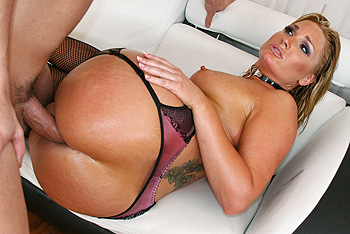 Flower Tucci Big Wet Butts