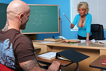 BigTitsAtSchool.com &#8211; Diamond Foxxx &#8211; Strict Teacher