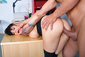 BigButtsLikeItBig.com &#8211; Victoria Sin &#8211; Grade Fixing