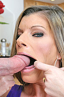 Deep Throat- Face Fuck HQ pics