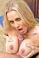 Julia Ann porn pictures
