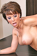 Brazzers HD video - Synz of her past