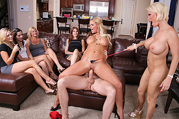 Diamond Foxxx, Phoenix Marie milf porn video from MILFs Like It Big