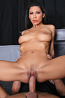Giving up the Goods! free video clip