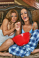 Brazzers porn movie - Orgy at Sienna's House