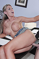 Brazzers HD video - A Task For Tits