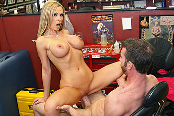 Day With A Pornstar &#8211; Nikki Benz &#8211; Happy Birthday Nikki!