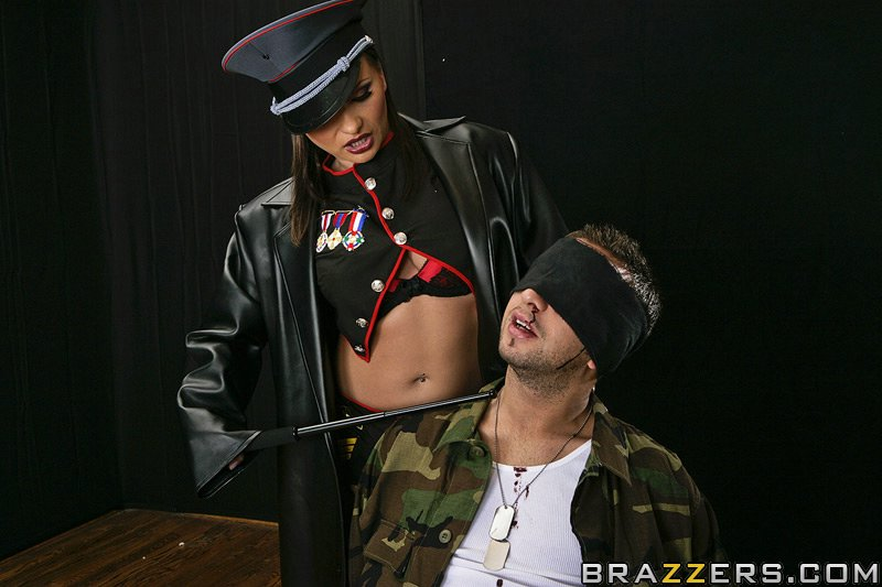 static brazzers scenes 3933 preview img 05