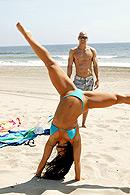 Brazzers porn movie - Beach Bum