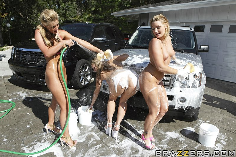 wwe divas wet hot shaved pussy pics