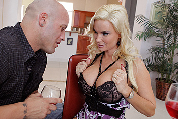 Diamond Foxxx milf porn video from Real Wife Stories