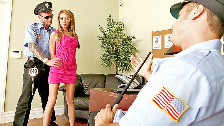 Уроки анального секса, полицейский участок, униформа полиции, вокзал, полиц