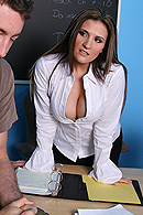 Brazzers porn movie - Confidence Boosting 101