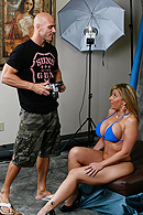 Brazzers porn movie - Picture This: Bumpin' Uglies