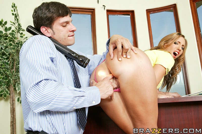 static brazzers scenes 4207 preview img 06