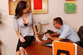 Big Tits at Work &#8211; McKenzie Lee &#8211; My Dick&#8217;s A PC