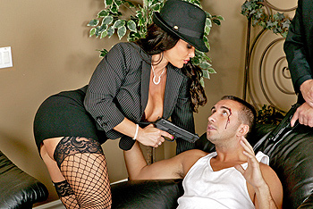 Lisa Ann milf porn video from MILFs Like It Big