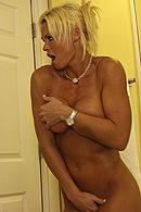 Brazzers porn movie - Pleasures in the Hotel Bathroom