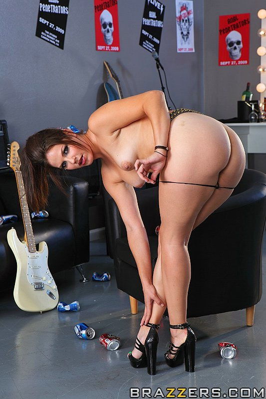 static brazzers scenes 4411 preview img 01