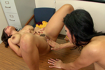Hot And Mean &#8211; Shay Sights, Yurizan Beltran &#8211; The Long Dildo of The Law