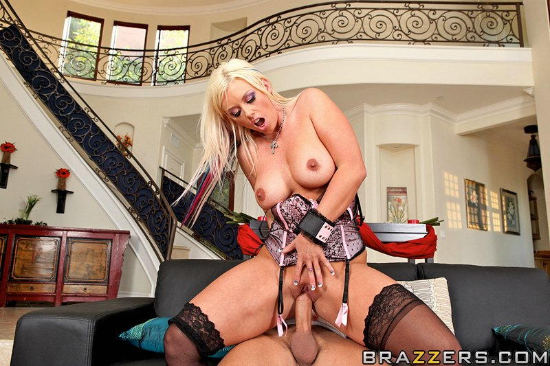 static brazzers scenes 4461 preview img 10