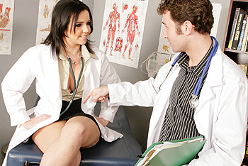 Dr Emma is going on vacation and needs Dr James to watch her gynecology practice while shes gone Unfortunately he only specializes in proctology and doesnt know how to properly examine a woman So Dr Emma has to give him a personal step by step tutorial