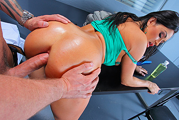 Big Wet Butts &#8211; Claudia Valentine &#8211; You Can&#8217;t Take That Ma&#8217;am