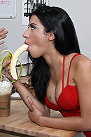 Brazzers porn movie - Mess With My Tits