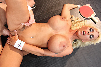 Brazzers Big Tits In Sports - Holly Halston