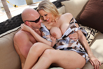 Day With A Pornstar &#8211; Julia Ann &#8211; Pool Sex Party