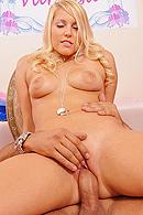 Vanessa Cage10