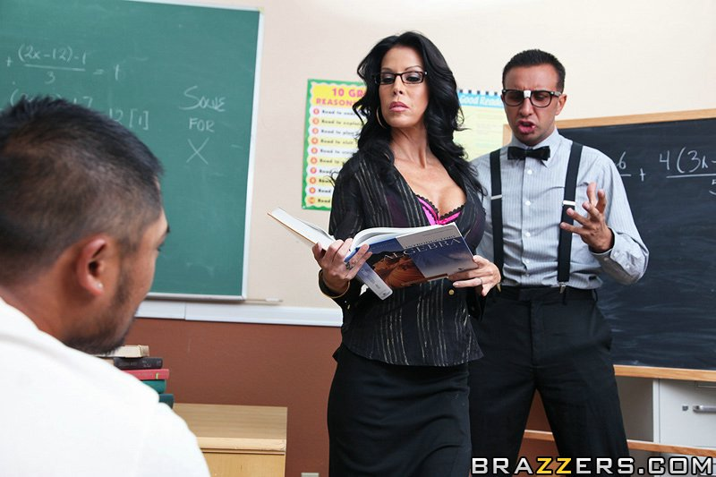 Tabitha Stevens - It Wasnt Me Teacher Photo (05).