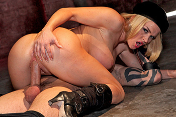 Brazzers Pornstars Like it Big - Krissy Lynn