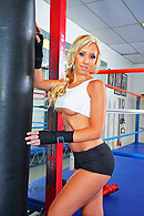 Jessica's training for a big boxing match. Her coach shows up to give her some drills, then suggests somethings that will help her relax and focus for her upcoming match.Contrary to popular belief, it really is good to have sex with Jessica before a match! from Brazzers Network