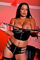 Sophia Lomeli02