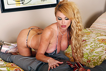 Taylor Wane milf porn video from MILFs Like It Big
