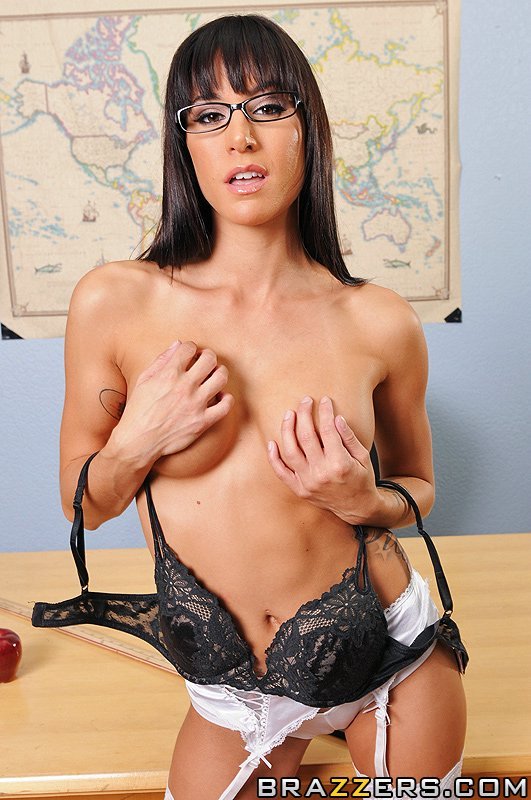 static brazzers scenes 5111 preview img 04