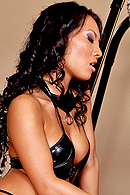 Asa Akira, Breanne Benson05