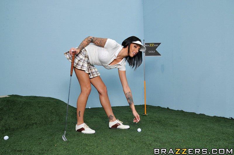 секс лучше получается у Juelz Ventura, чем гольф