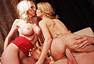 Emma Starr, Monique Alexander03